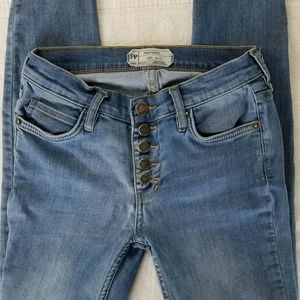 FREE PEOPLE BUTTON-FLY JEANS, size 25